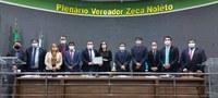 Câmara Municipal de Guaraí homenageia professora selecionada em programa educacional no Canadá